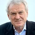 ehem. Bundesligatorwart, und Torwarttrainer (eigentlich Josef Dieter Maier; * 28. Februar 1944 in Metten, Niederbayern)...